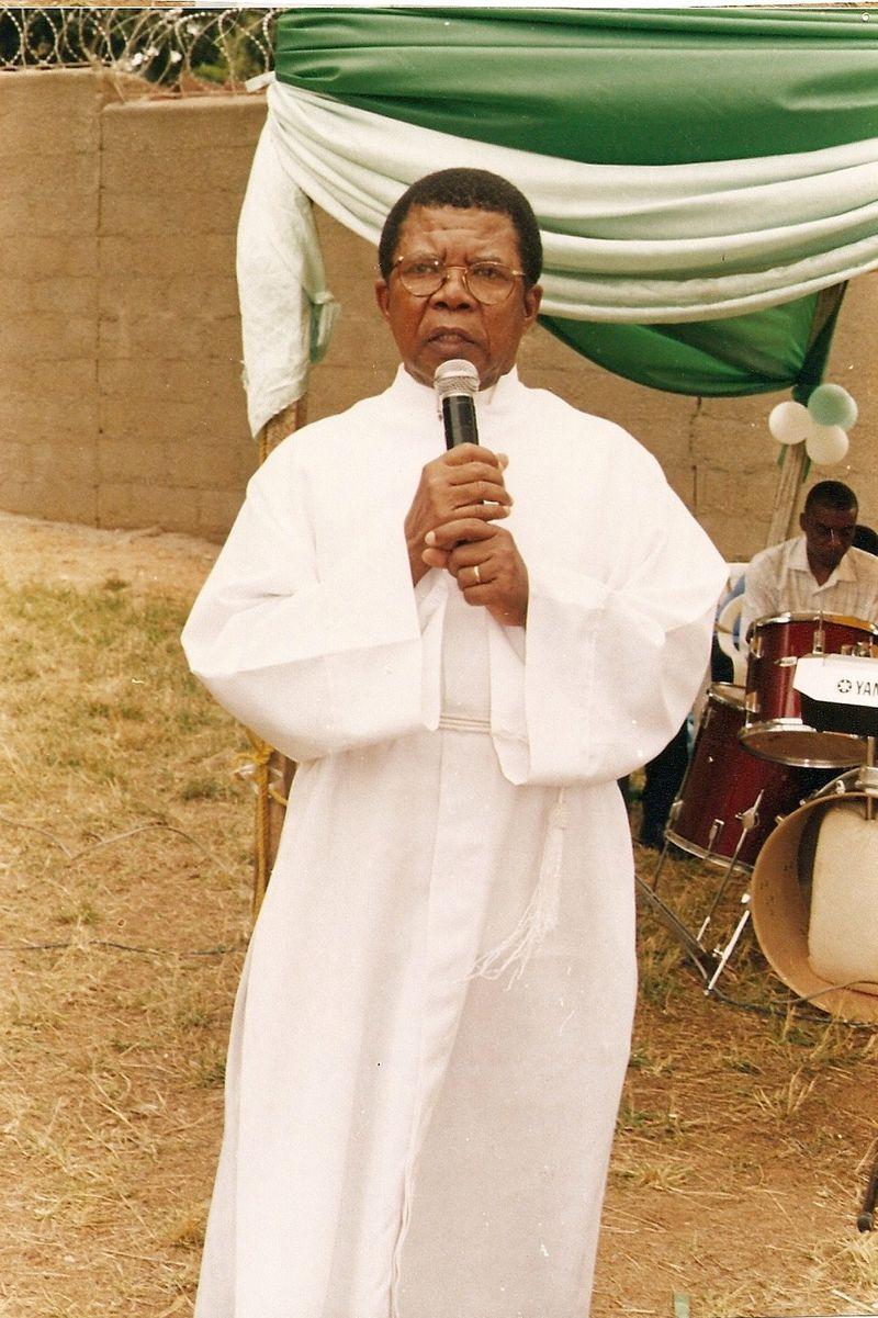 Dr. Akinyemi